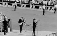 Re-Synced-The-Beatles-Live-At-The-Comiskey-Park-August-20th-1965